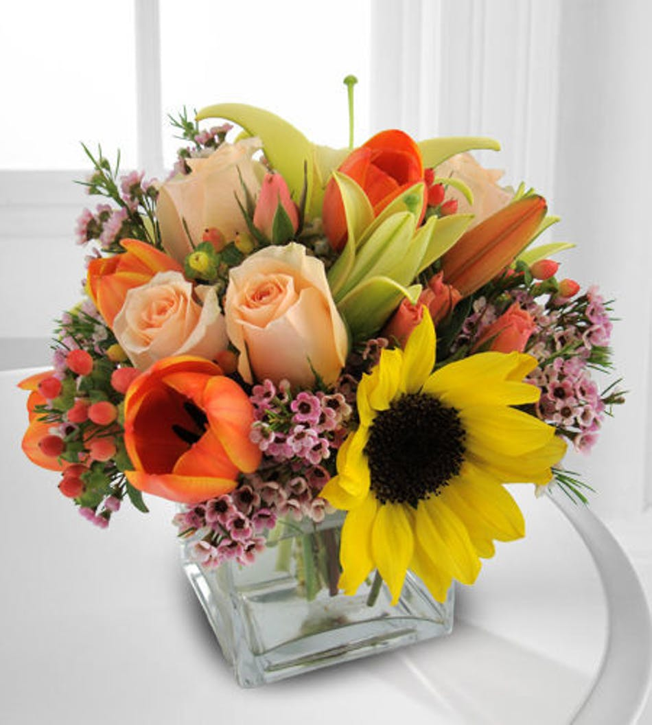 Essence of spring fort worth flower shop bices florist fort worth available for nationwide delivery mightylinksfo